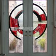 Vidriera Contemporanea en la entrada de una casa