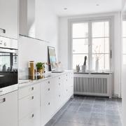 cocina pequeña blanca