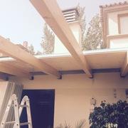 Fabricación de techo aislante termo chip con revestimiento de madera