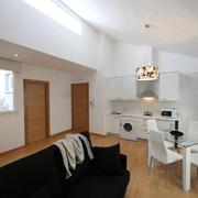 Apartamento tipo 3 en buhardilla