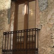 Balcón con porticones vista exterior