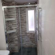 Baño 1 , interior de ducha
