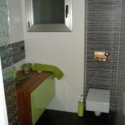 baño de la entrada terminado