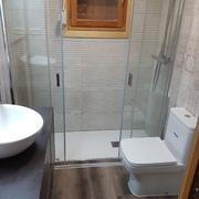 Reforma de cocina y dos baños en Moralzarzal