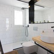 Baño reformado con plato de ducha