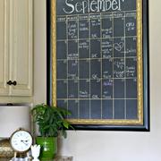 calendario pizarra enmarcado