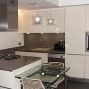 Cocina en un piso del Ensanche de Barcelona