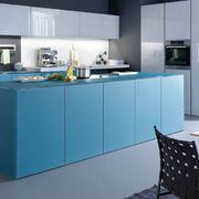 Cocina lacada en azul