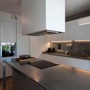 Una nueva vida para la cocina y el vestíbulo