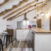 Cocina rústica renovada
