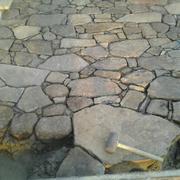 Colocación de piedra de Maçanet de la selva