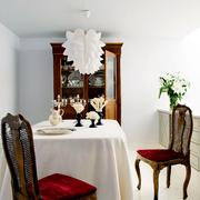Una casa ecléctica que gana espacio y practicidad
