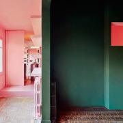 Contraste de colores en las paredes
