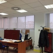 Cortinas enrollables en Oficina de Intra