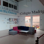 Decoración Hall Colegio Madrigal