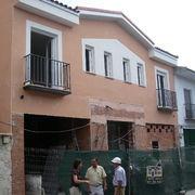EDIFICIO DE VIVIENDAS Y LOCALES COMERCIALES