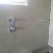 Encuentro de bañera y paredes