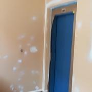 Pintado y pulido de suelo en portal y escalera en alegi