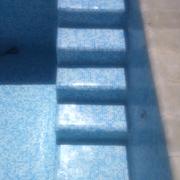 Revestimiento con gresite una piscina que estaba pintada