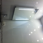 ESPEJO, LUCES LED Y LAVABO