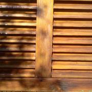 Restauracion lijado teñido y aceitado de persianas venecianas