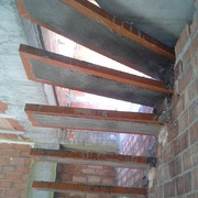 Estructura de escalera volada