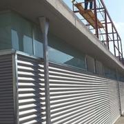 Edificio destinado a vestuarios y aseos
