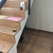 Armario zapatero bajo escalera
