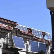 Instalación y suministro de placas fotovoltaicas para chalet adosado en la Sierra