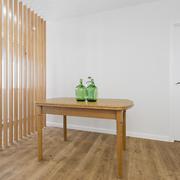 Lamas de madeira. Vista dende a cociña