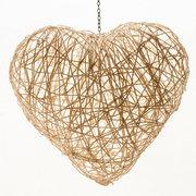 Lámpara con forma de corazón e hilos