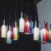 lamparas con botellas de cristal