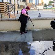 Limpieza a fondo patio de comunidad