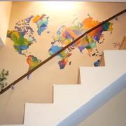 Un mapa mundi sin fronteras y con mucho color