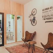 Mobiliario para oficina REMAX