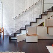 Muebles bajo escalera