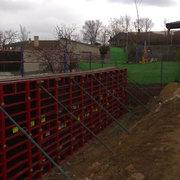 Construccion muro contencion tierras .