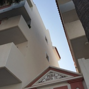 Limpieza-reparación y Pintura de fachada