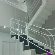 pintura de paredes,techos,escalera,puertas,instalación de luces dowlight led,parquet.