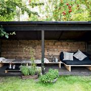 Porche madera y negro