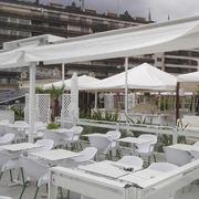 PORTERIA BI-TOLDO CON TEJADILLO, ENTRETOLDOS Y MAMPARAS CAFE DE LA CONCHA