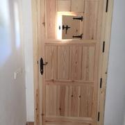 Carpinteria de madera para una casa