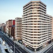 Rehabilitación energética (6.300 m2) mediante sistema Fachada Ventilada
