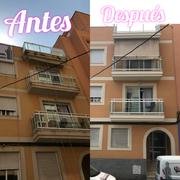 Reparación de balcones y pintado de fachada.
