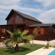Mantenimiento integral de una casa de madera de 155 m2