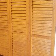 Distribuidores Ideal Standard - Decapar y pintar postigos de madera