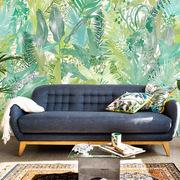 salón con papel pintado motivos tropicales