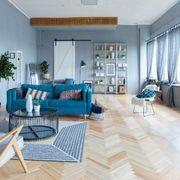 Salón de color azul