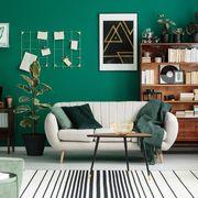 Salón decorado en verde