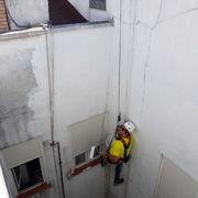 Trabajos verticales patios interiores calle Antonio Palomino 4